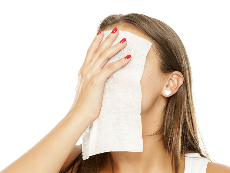 How facial wipes can harm our skin and the environment